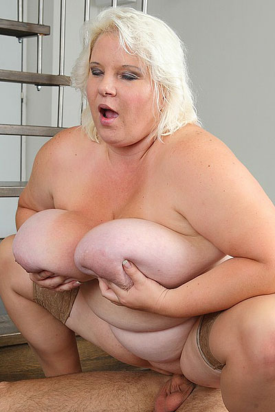 Christina ricci bikini pics
