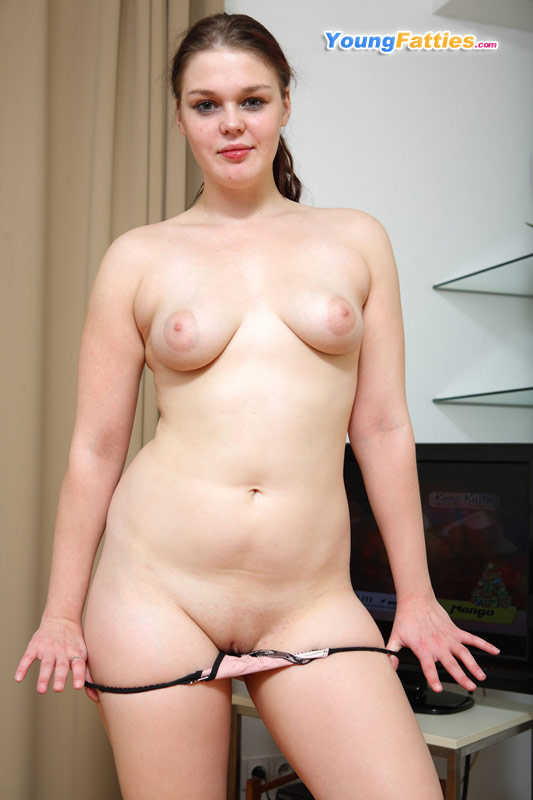 nude full figured gf