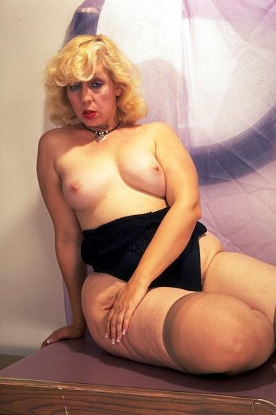 Indian big boob marilyn monroe lookalike latest Flash