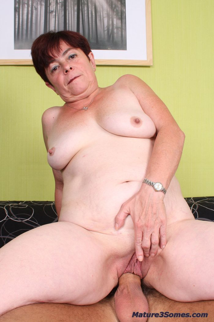 Mature big dick handjobs