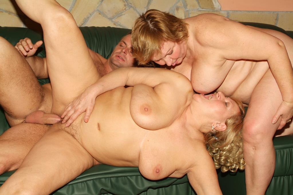 Mature Threesome Porn Videos Pornhubcom