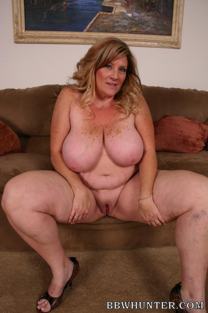 Sexy bbw striping for me
